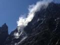 """Une gigantesque chute de pierres """"enfume"""" le """"Pilier sud des Ecrins""""; heureusement qu'il n'y avait personne"""