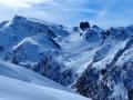"""Au centre le sommet rocheux """"le Rouchon"""" et à gauche la Pointe des Sagnes longues (3032m) que nous ferons lundi prochain"""
