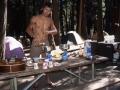 Matthieu a toujours aimé cuisiner ! Quelle gestuelle, la classe quoi !