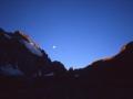12216 - Aurore Nucléaire - Face nord du Pic Sans Nom - Ecrins - Août 1998