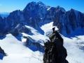 La Pointe Selle (4009m), antécime de la Dent du Géant, sur fond de Mont-Blanc