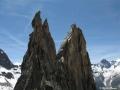 A droite des Clochetone de Gunneng : des grimpeurs sous le sommet de la Dibona
