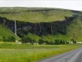 Une des innombrables cascades aperçues le long de la route