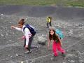 Visite de Dimmuborgir et ascension du cratère du Hverfjall
