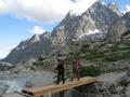 La passerelle du torrent sous le Glacier Blanc