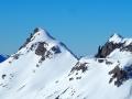 Le Haut Bouffet, l'Aiguille et la Tête de Vachères , tout au dessus du Col des Aiguilles