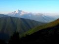 L'Obiou au centre et la Montagne de Roussillon à droite