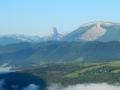Le Mont-Aiguille au centre