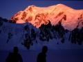 """Au petit matin, depuis la """"Combe Maudite"""" : lever de soleil sur la face Italienne du Mt Blanc"""